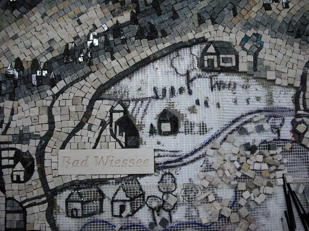 Mosaik, Tegernsee, Naturstein gemischt mit Glas