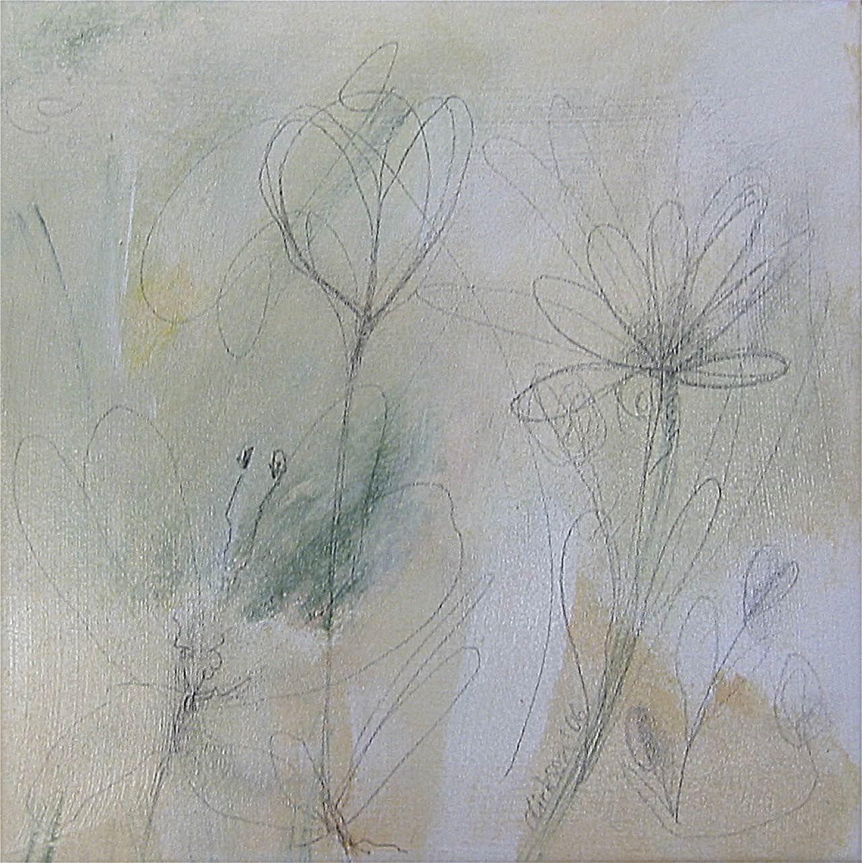 Blüten auf grünem Hintergrund